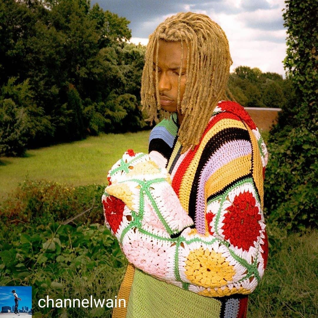 Wearing a @pinkjoycrochets sweater.  Reposted from @channelwain (@get_regrann) –  just like the Hardyz 📸: @twu9916