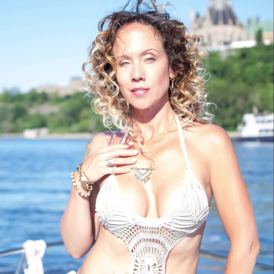 Canadian Fiber Art Fashion Designer, Andrea Campbell @threadntail will be showcasing her line of fabulous boho chic crochet swimwear and dresses.  Follow her and @fiberartsfashion.  For more info and tickets visit: https://www.fiberartsfashion.com